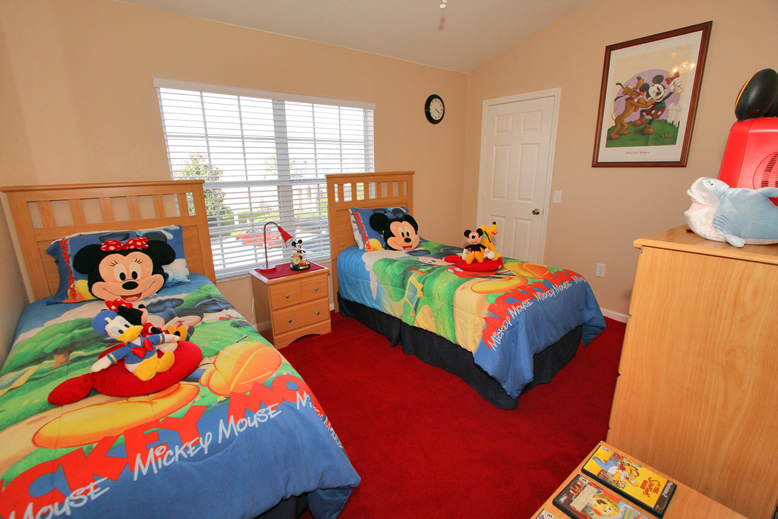 mickey mouse themed 3 bedroom 3 bathroom end townhouse orlando